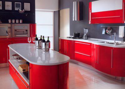 Проект на заоблена кухня с извити детайли 001