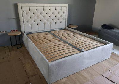 1002. Тапицирана спалня с капитонаж