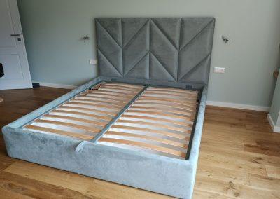 1006. Тапицирана спалня по поръчка с декорации