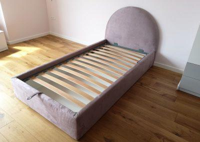 1010. Тапицирана легло по поръчка