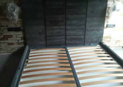 1013. Легло с тапицирана табла по проект