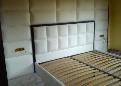 1015. Спалня с тапицирана стена по поръчка
